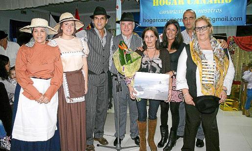 Maria Luisa Fernández, Celia Fajardo, Carlos Alberto Alemán, José Miguel Martín, Fátima Siverio, Cornelia Díaz, Dani Riera y Soledad Martínez.