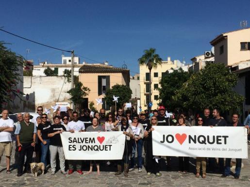 Vecinos de Es Jonquet muestran su rechazo al Plan Especial de Protección (PEP) de Cort para esta barriada de Palma.