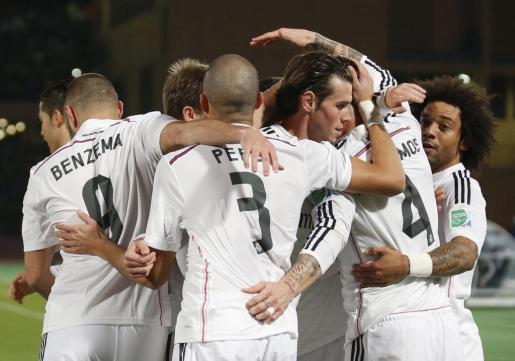 Los jugadores del Real Madrid celebrando uno de los tantos que le permiten acceder a la final del Mundial de Clubes.