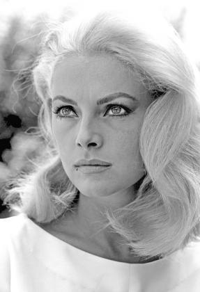 La actriz Virna Lisi -considerada la Marilyn italiana- a fallecido este jueves a los 78 años de edad.