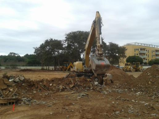 Imagen del inicio de las obras del centro deportivo.