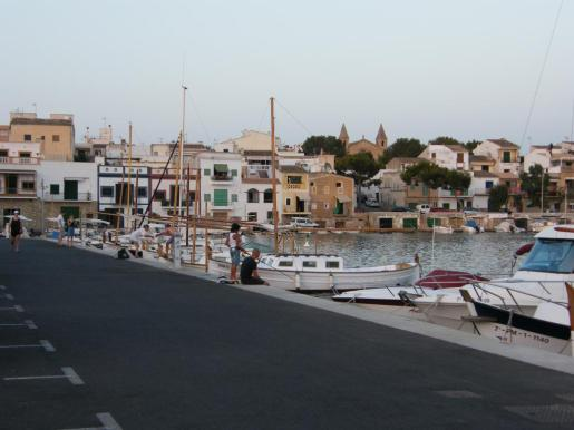 Vista del puerto de Portocolom.