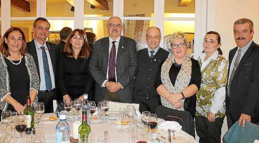 Gimena Torres, José Ramón Orta, Maria Benito, Miquel A. Riera, Tolo Oliver, María Boter, Sheyla Schmidt y Teodoro Pou.