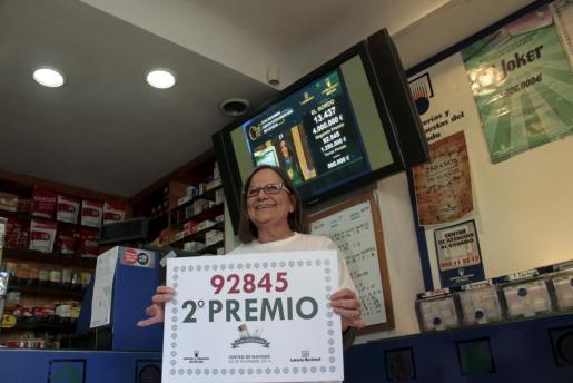 Imagen de la Administración de Lotería de General Riera donde se ha vendido el segundo premio.