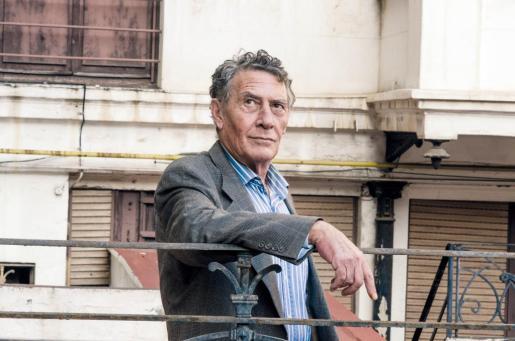 Hilari de Cara fue distinguido este lunes con el 56 Premi Carles Riba de Poesia.