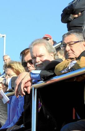 De palco a palco. Utz Claassen asistió a Son Bibiloni para presenciar el encuentro entre el Mallorca B y el Atlètic Balears. El sábado tres de enero tiene previsto 'debutar' en Son Moix como presidente del club en un partido del primer equipo.