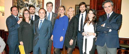 David Burgos, Merche Martínez, Gabriel Fiol, Jesús Avilés, Jaime Oliver, Carmen Pérez de Burgos, Rosa García, Agustín Aguiló, Beatriz Yañez y Bartomeu Fluxá.