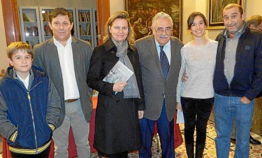 Oscar Mayol Crespí, Oscar Mayol, Maria Salom, Pere A. Serra, Antònia Mª Miró y Santi Mayol.