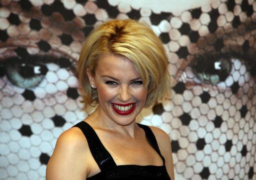 El compañero sentimental de Kylie Minogue es el modelo catalán Andrés Velencoso.