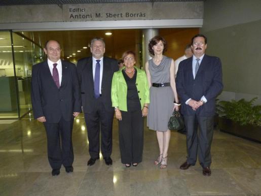 Andreu Ferrer, Bernat Coll, Francesca Vives, Bel Oliver y Bernardí Seguí.