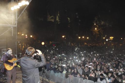 Momento del concierto de José Francés en la Revetla.