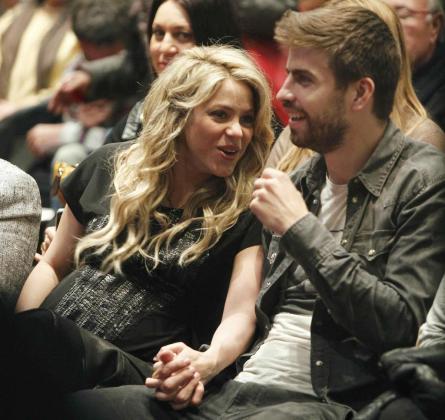 La cantante colombiana Shakira junto a Gerard Piqué.
