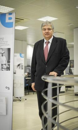 Ballester destaca el apoyo de Banco Sabadell a grandes empresas y pymes.