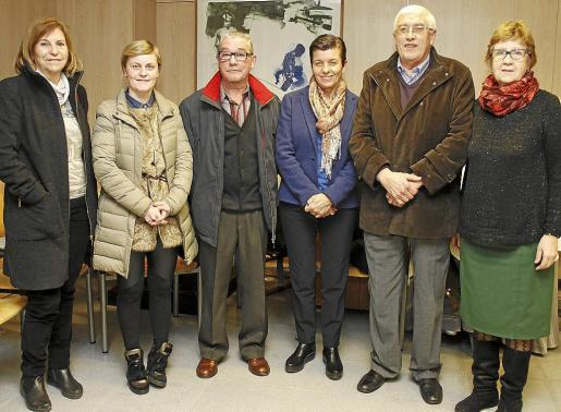 Marga Homar, Mª José Planas, Juan Planas, Carmen Serra, Mateu Marquet y Catalina Reynès.
