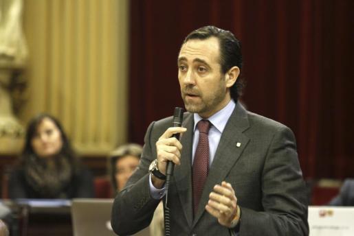 El president del Govern, José Ramón Bauzá, durante una intervención en el Parlament en la sesión de este martes.