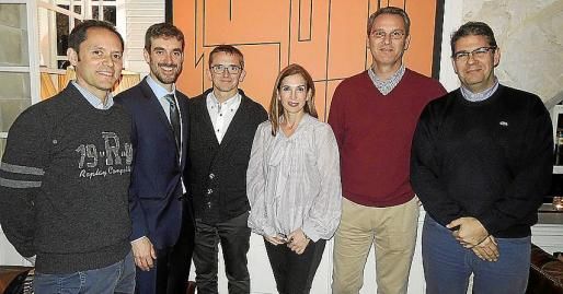 Carlos Magri, Rubén Cabanillas, Guillermo Til, Mónica Caldentey, Antonio Arbona y Pedro Sarria.