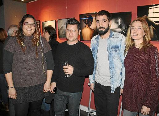 Roxana Hivás, Andreu Bover y Mara Riosalido