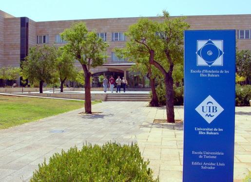 Escuela de Turismo en la UIB.