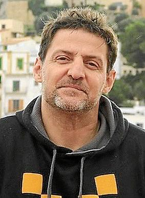 José Oliver.