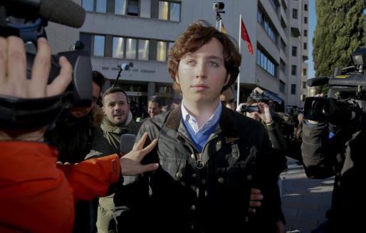 """Francisco Nicolás Gómez Iglesias, conocido como el """"pequeño Nicolás"""", en los Juzgados de Plaza de Castilla el pasado enero."""
