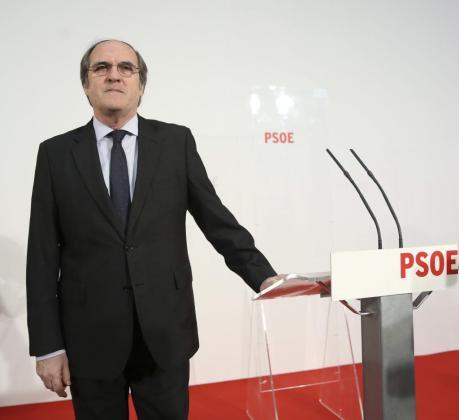 El candidato del PSM a la Comunidad de Madrid, Ángel Gabilondo, ha comparecido este domingo ante la prensa.