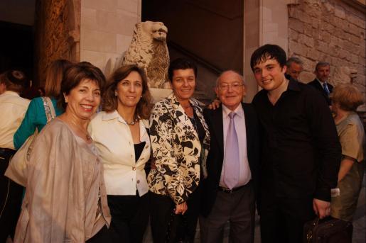 Mari Moreno, Margalida Pons, Carme Serra, Bernat Pomar y Francisco García Fullana.