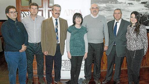 Josep Masot, Xavier Marquès, Teodoro Pou, Àngels Fermoselle, Miquel Àngel Riera, Pere Ollers y Marian Ibars.