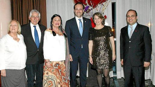 Eulalia Ramon, Jaime Coll, Carmen Gordó, José Ramón Bauzá, Maria Dulce García Caballero y Rafael Santiso.
