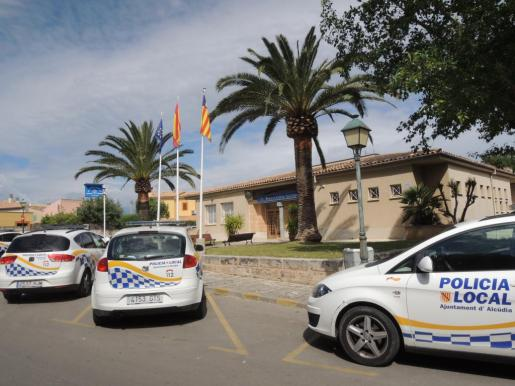 Imagen de el cuartel de la Policía Local de Alcúdia.