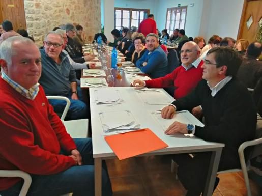 Momento de la presentación de Guillem Mas como candidato del PSOE en Montuïri.