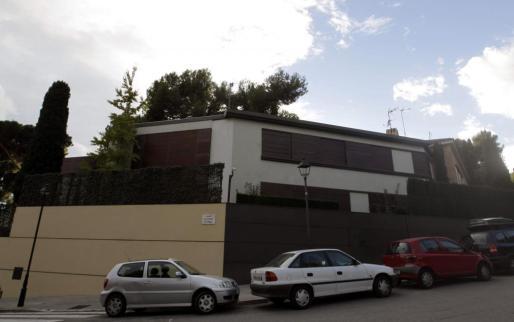 Vista de la fachada de la casa de los duques de Palma en el barrio barcelonés de Pedralbes.