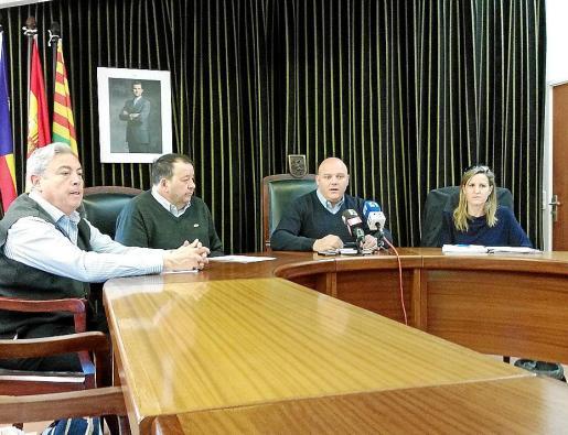 El alcalde, Biel Serra, durante la presentación de los presupuestos 2015.