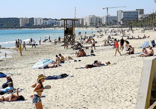 Los hoteleros de Cala Millor sufrieron un fuerte incremento de las tasas.