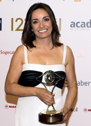 La periodista Pepa Bueno, tras recibir el premio como 'Mejor presentador de programas informativos'.