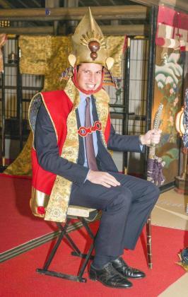 El príncipe Guillermo, disfrazado de samurái.