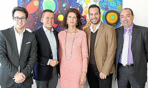 Iñaki Muñoz, Jaime Colomar, la presidenta de CAEB, Carmen Planas; y Pedro y Norberto Cerón.