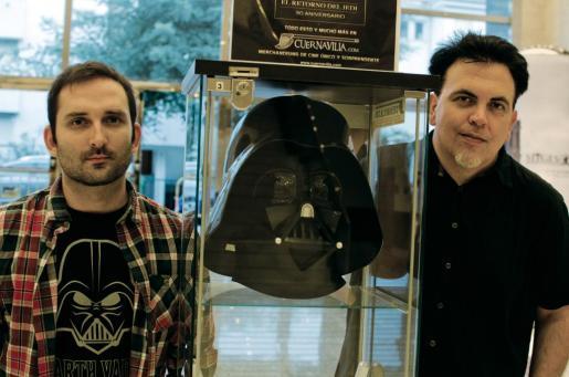 Los responsables de la cinta presentando el trailer de su trabajo en Sitges.