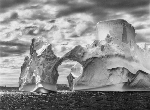 Una de las imágenes de la colección que Salgado trae a la isla.