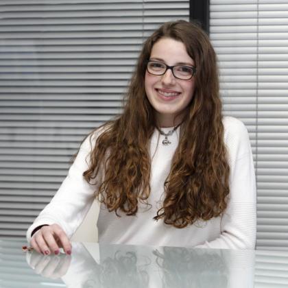 La joven María Gordillo Costa ayer en la redacción del Periódico de Ibiza y Formentera. Foto: DANIEL ESPINOSA