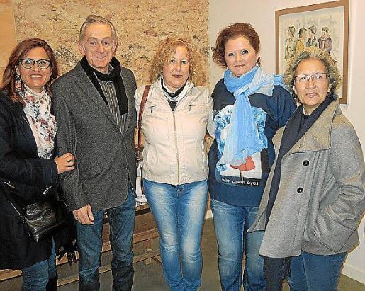 Rosa Maria Cabot, Álvaro Casado, Rafaela Fornes, Gina Mayrata y Catalina París.