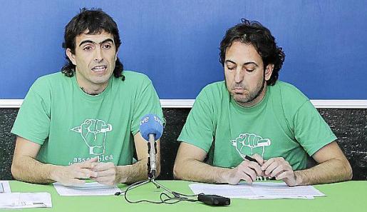 Los docentes Iñaki Aicart y Guillem Barceló durante la rueda de prensa que ofrecieron este jueves.