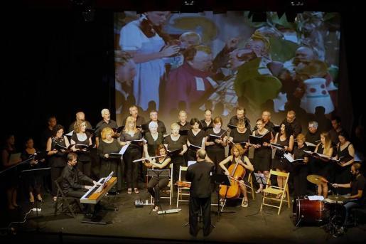 El Orfeó Mayurqa, durante un concierto.
