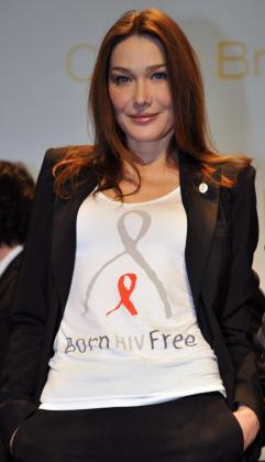 Carla Bruni está implicada en varios proyectos solidarios.