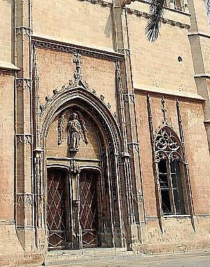 La Llotja en Palma es uno de los trabajos del arquitecto Guillem Sagrera.