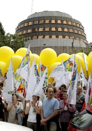 Centenares de personas protestaron contra la Ley del Aborto.