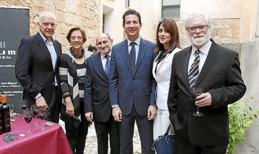 Damià Vich, Francisca Bennássar, Abraham Barchilon, Fernando Gilet, Raquel Maya y Manel Quadreny.
