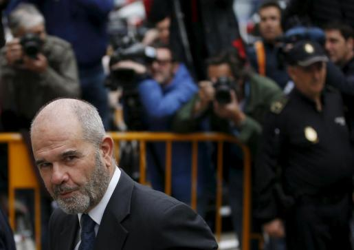 Manuel Chaves, a su llegada al Tribunal Supremo.