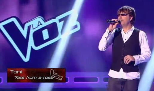 El mallorquín Toni Menguiano participa en el concurso de Telecinco 'La Voz'.