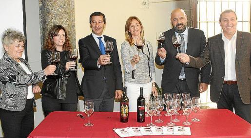 Rosa Vich, Margaret Mercadal, Gabriel Company, Esperanza Nadal, Jaime Martínez y Jeroni Salom.