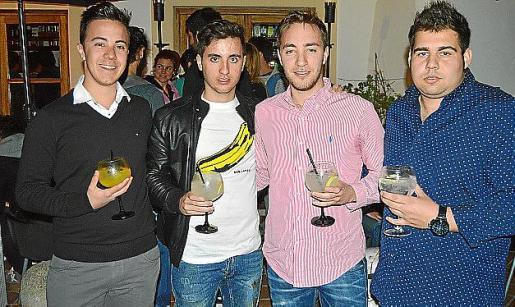 Toni Pascual, Toni Cervera, Pedro Pascual y Miquel Àngel Salvà.
